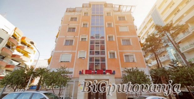 HOTEL IBIZA 3* -  DRAČ