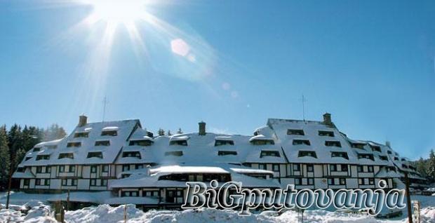 KOPAONIK - Hotel Jat Apartmani (usluga po izboru najam ili polupansion) 7 nocenja vec od 17220 rsd