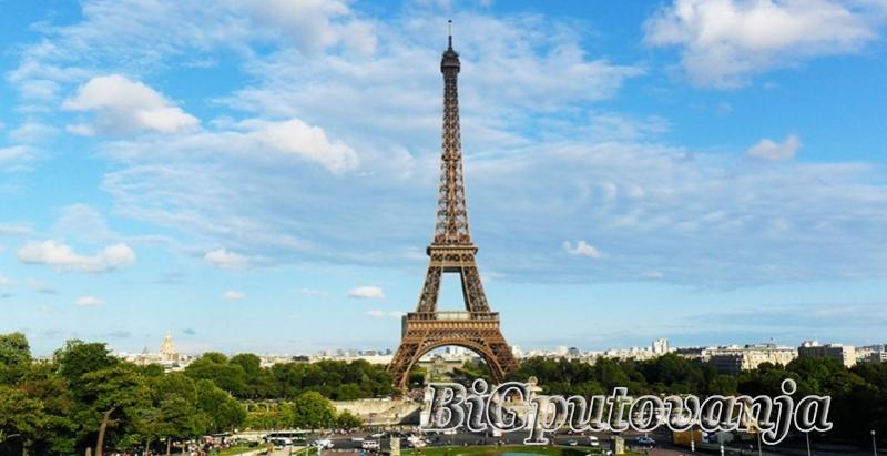 1000 rsd vaučer za extra popust na putovanje u Pariz autobusom - 4 noćenja u hotelima sa 3* (3 u Parizu i 1 Bratislavi za 225e 1