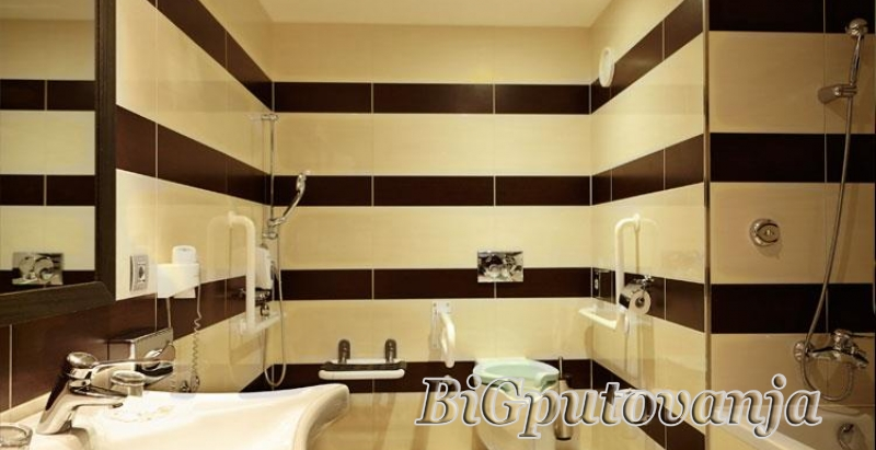 AKCIJA 3=4 NOCI - AQUAWORLD - (SPA & RELAX - AQUA PARK) - Hotel Aquaworld Resort Budapest 4* vec od 164e 4