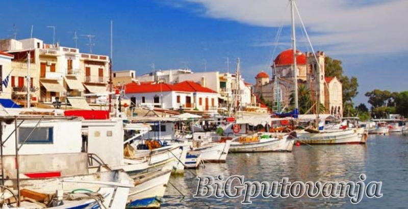 Vila Periklis na ostrvu Egina - paket aranžman (prevoz + trajekt + najam smeštaja po osobi) vec od 160e 3