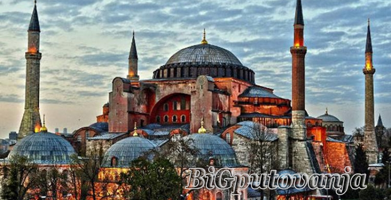 ISTANBUL - 6 dana /3 noći 2