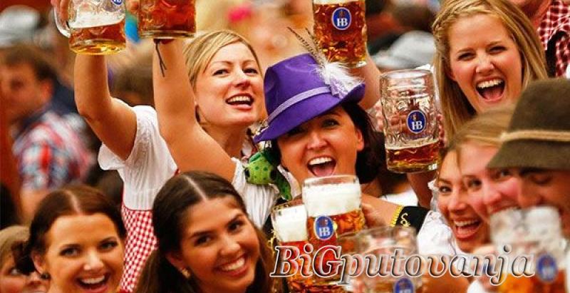 Oktobarfest najveći festival piva na svetu u Minhenu 3